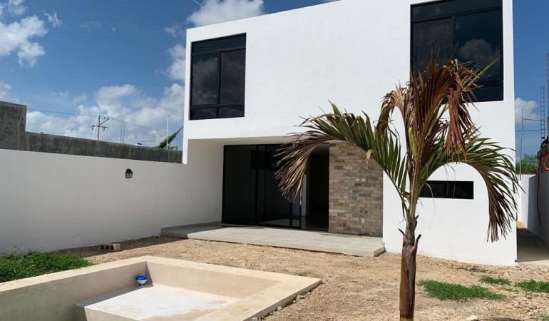 HOUSE FOR SALE AT CHICHI SUAREZ MERIDA